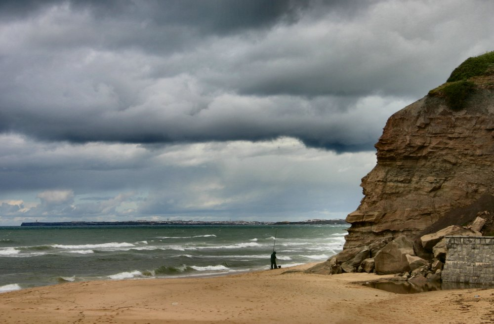 "photo ""Azenhas do mar"" tags: landscape, clouds"