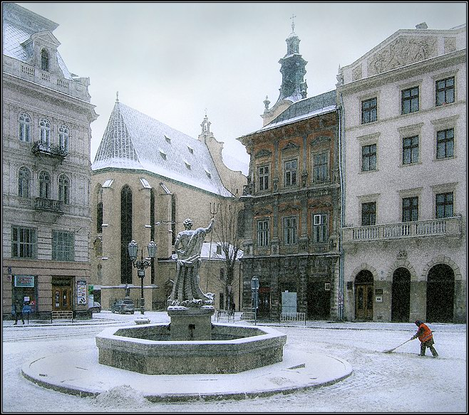"photo ""The Lvov covered by a snow # 4"" tags: architecture, landscape, winter"