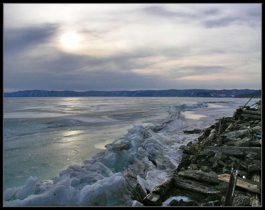 "фото ""Апрель. Байкал."" метки: пейзаж, вода, закат"