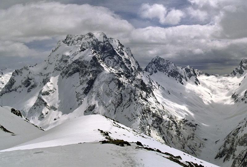 """photo """"Selfedzhu"""" tags: panoramic, landscape, mountains"""