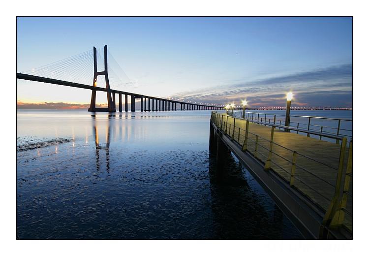 """photo """"Lisboa sunrise"""" tags: landscape, architecture, sunset"""