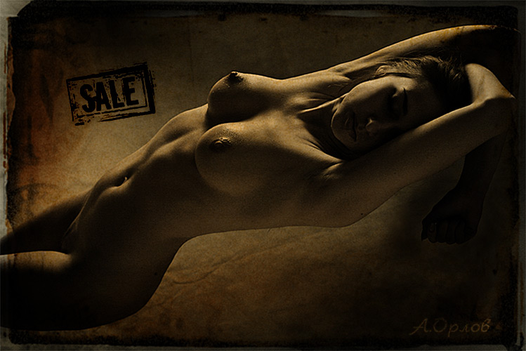 "photo ""sale"" tags: nude, black&white,"