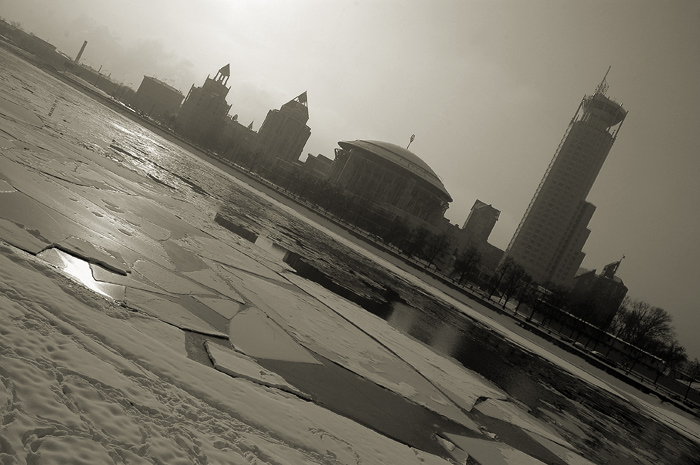 "photo ""moscow-sity"" tags: architecture, landscape, winter"