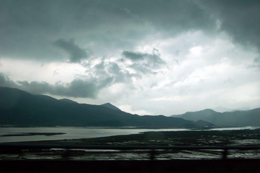 "photo ""Mountain rain"" tags: landscape, clouds"