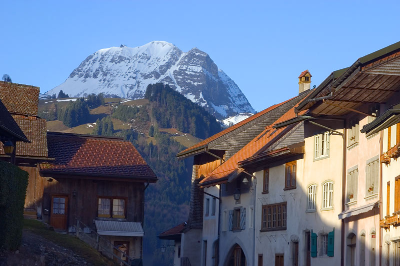 "photo ""Gruyeres"" tags: landscape, travel, Europe, mountains"
