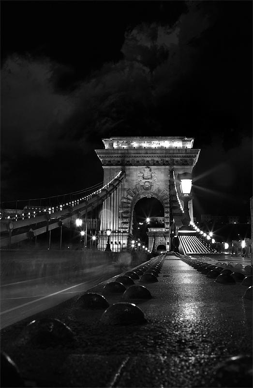 "photo ""chain bridge"" tags: architecture, travel, landscape, Europe"