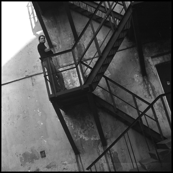 "photo ""Лестница"" tags: portrait, black&white,"