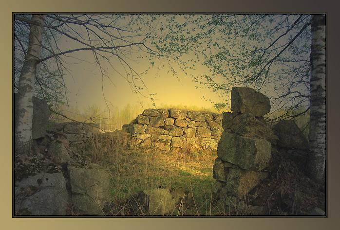 """photo """"The left place"""" tags: architecture, landscape,"""