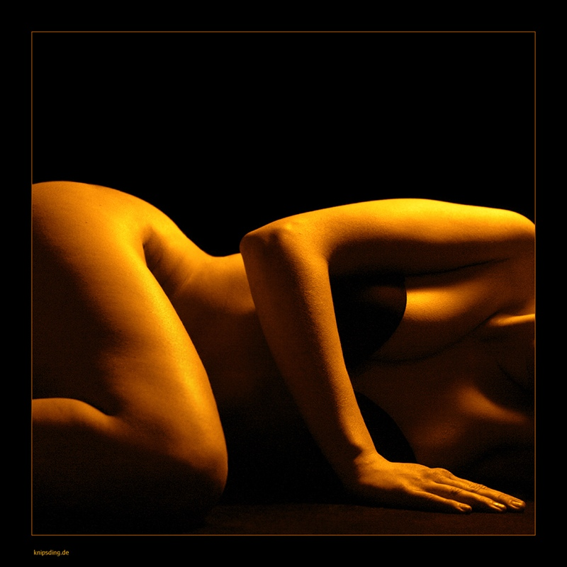 "photo ""golden sun"" tags: abstract, nude,"