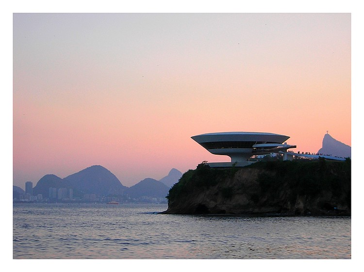 "photo ""MAC - fifth shot"" tags: architecture, landscape,"