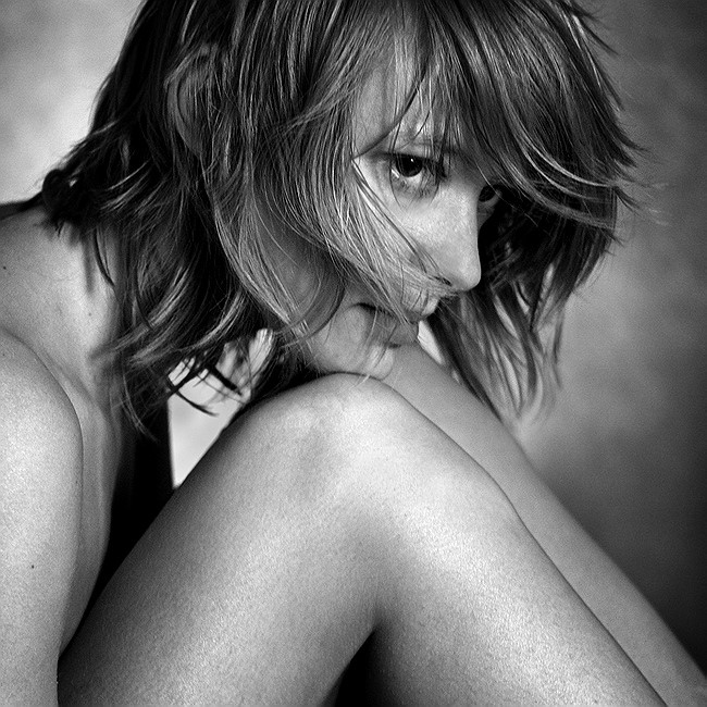 "photo ""-- *** --"" tags: portrait, black&white, woman"