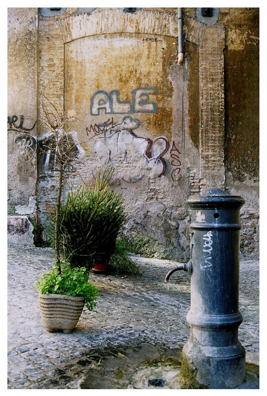 "photo ""Authentic Rome"" tags: architecture, travel, landscape, Europe"
