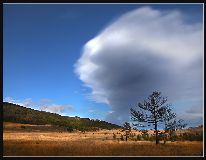 "photo ""Cloud"" tags: landscape, clouds"