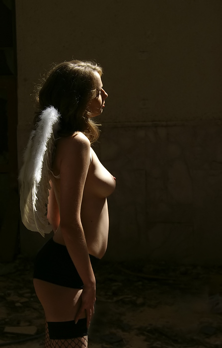 """photo """"When Angels cry"""" tags: nude, genre,"""