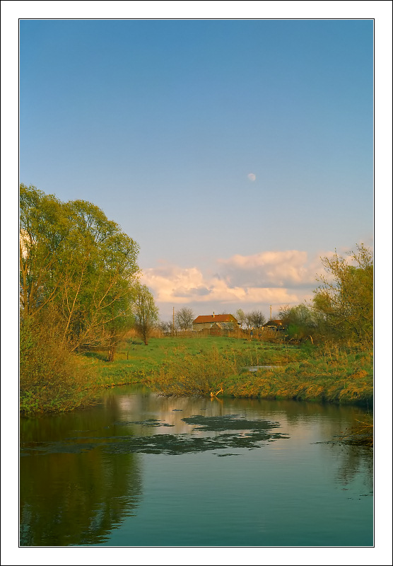 "photo ""May evening in village"" tags: landscape, spring, water"