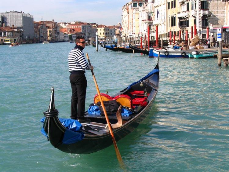 """photo """"**"""" tags: genre, landscape, water"""