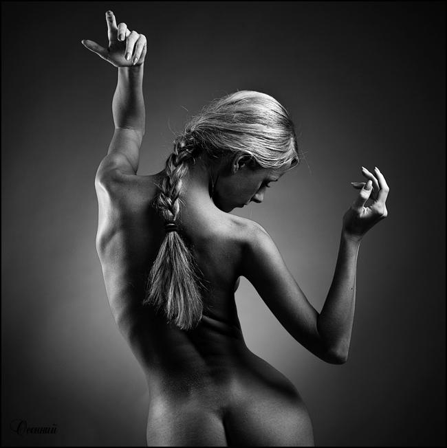 черно белые фото красивых голых девушек со спины