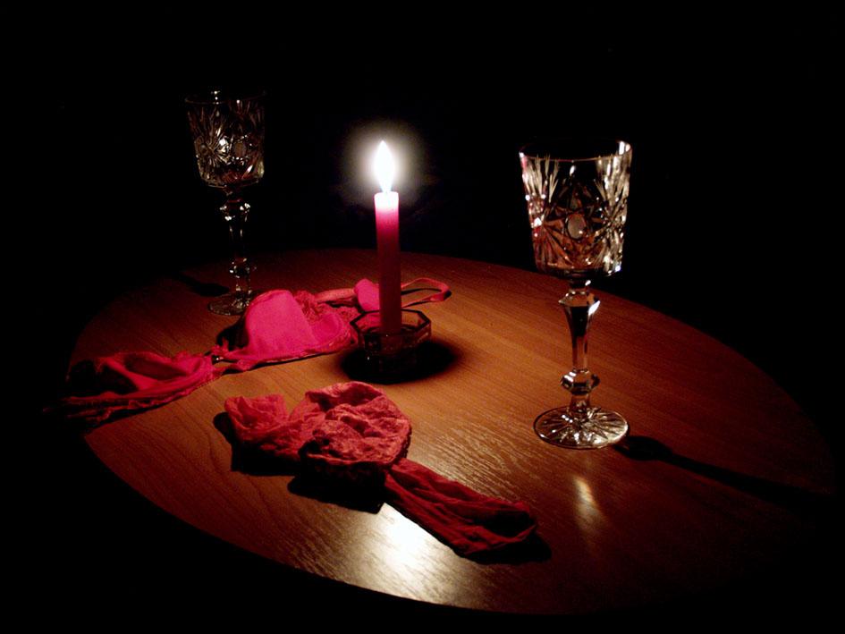 Как устроить любимому романтический вечер.