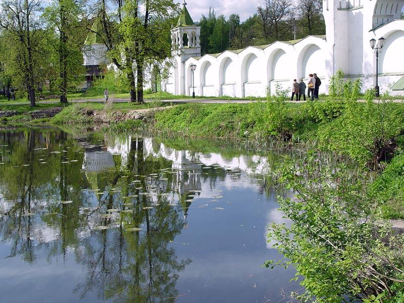 парки в монастырях нового времени
