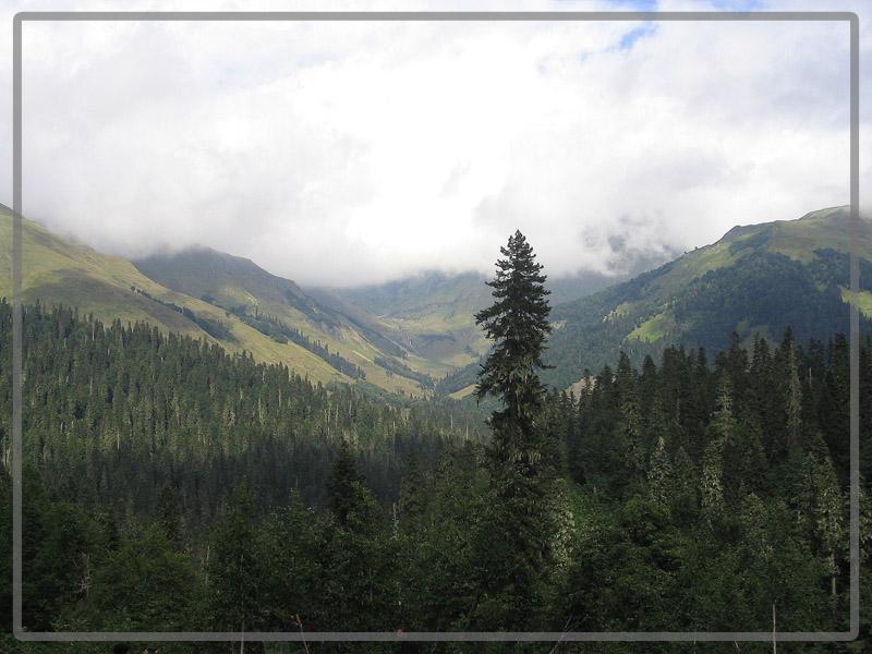 """фото """"По дороге на озеро Мзы"""" метки: пейзаж, горы, облака"""