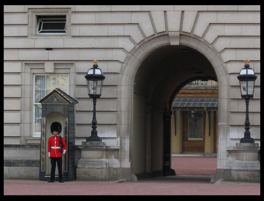 """фото """"Человек на часах"""" метки: путешествия, Европа"""