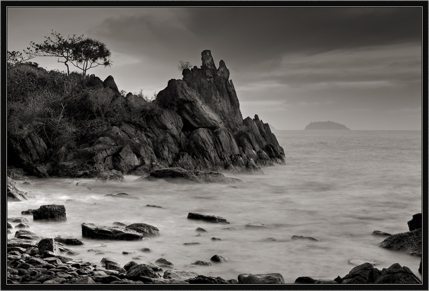 """photo """"The alarming expectations"""" tags: black&white, landscape,"""