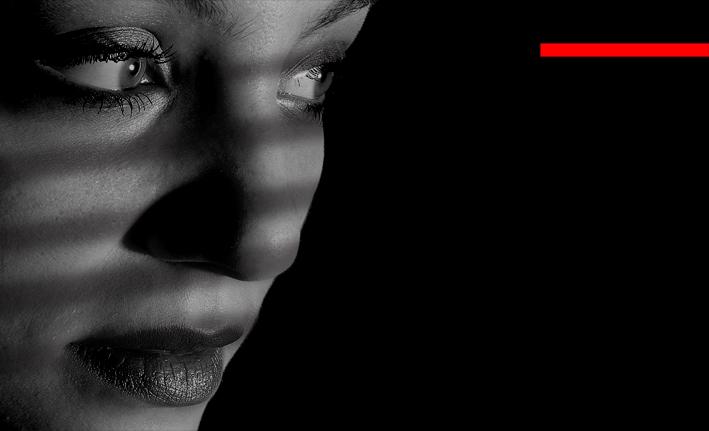 "фото ""тени..."" метки: портрет, черно-белые, женщина"
