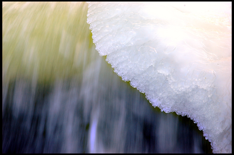 "photo ""Ice edge"" tags: macro and close-up, abstract,"