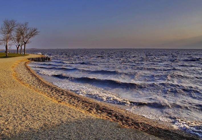 "photo ""Рlastic sea"" tags: landscape, water"