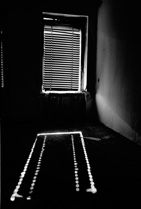 "photo ""Landing Light"" tags: black&white, travel, Europe"