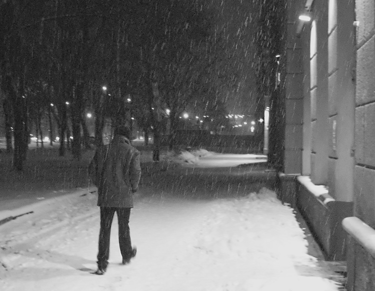 "photo ""One evening went snow..."" tags: genre, black&white,"