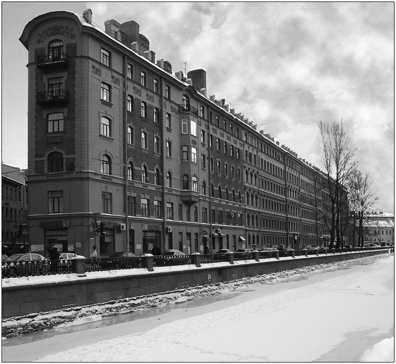"""photo """"Locomotive"""" tags: architecture, landscape,"""