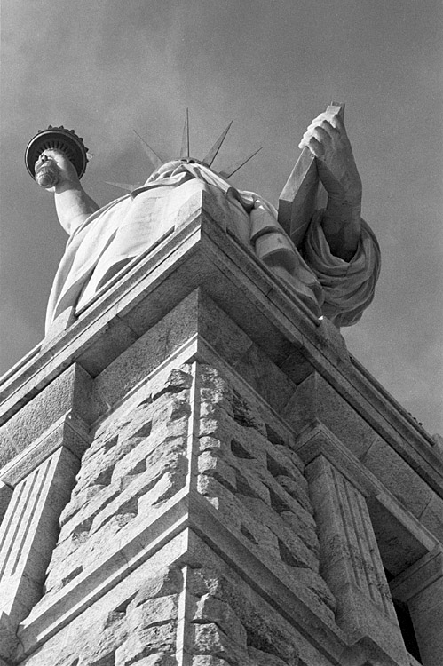 "photo ""About Liberty Statue"" tags: black&white, travel, North America"