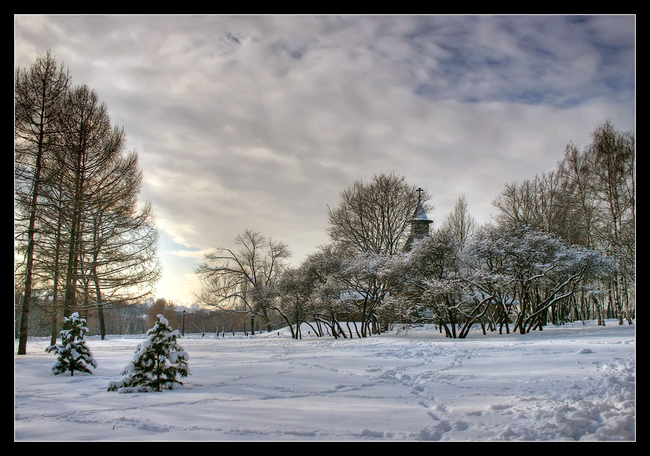 "photo ""Kolomenskoye"" tags: landscape, clouds, winter"
