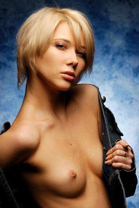 "photo ""*"" tags: portrait, nude, woman"