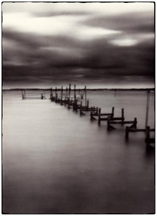 "photo ""N/N"" tags: black&white,"