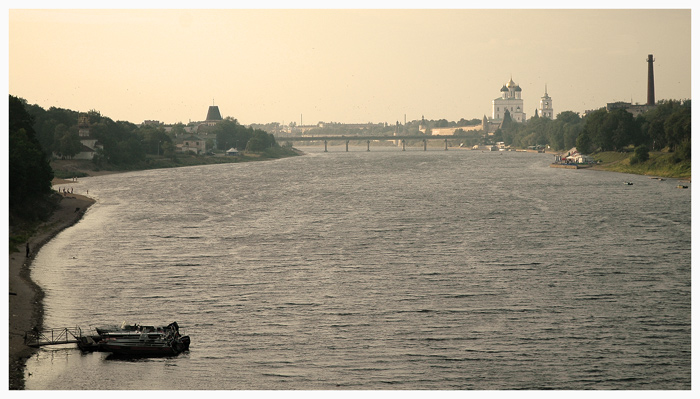 "photo ""Velikaja(Great) river of Pskov-sity Russia"" tags: travel,"