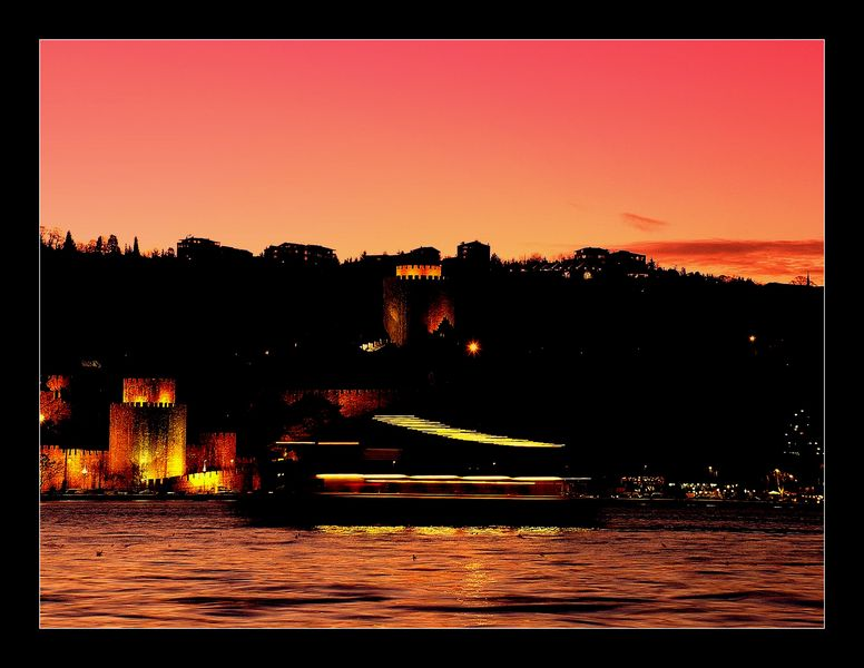 "photo ""Istanbul Night"" tags: landscape, night"
