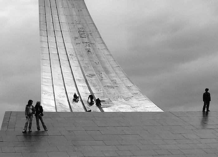 """photo """"XXI century"""" tags: black&white,"""