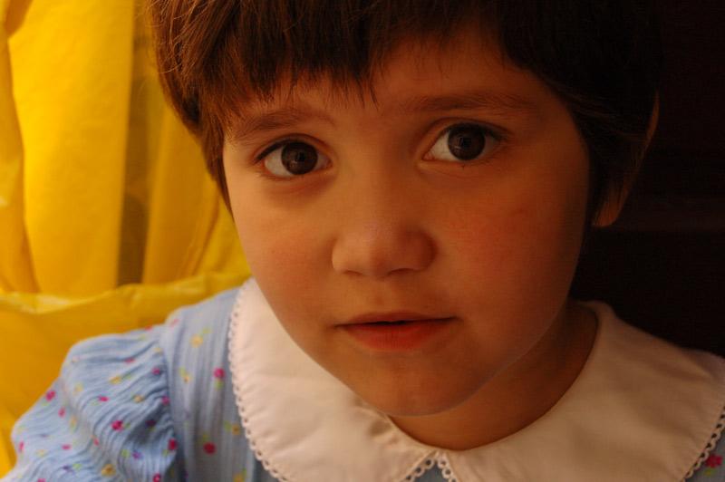 """photo """"question"""" tags: portrait, children"""