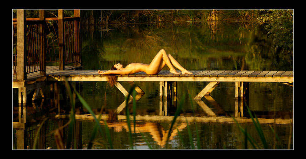 "photo ""Morning light"" tags: nude,"
