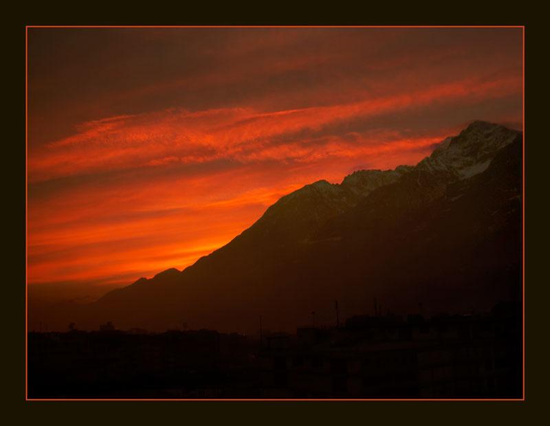 """фото """"Ночевала тучка...  или Пила на расвете"""" метки: пейзаж, горы, закат"""