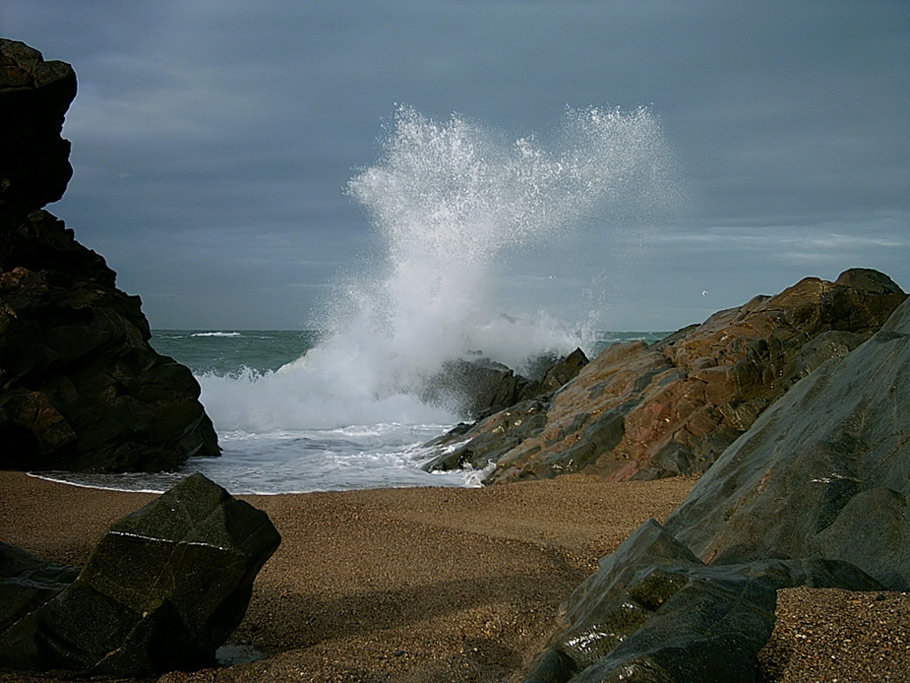"""фото """"Rock tones and angles."""" метки: пейзаж, вода, зима"""