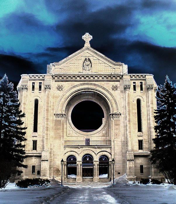 "photo ""Winnipeg Basilica"" tags: architecture, landscape,"
