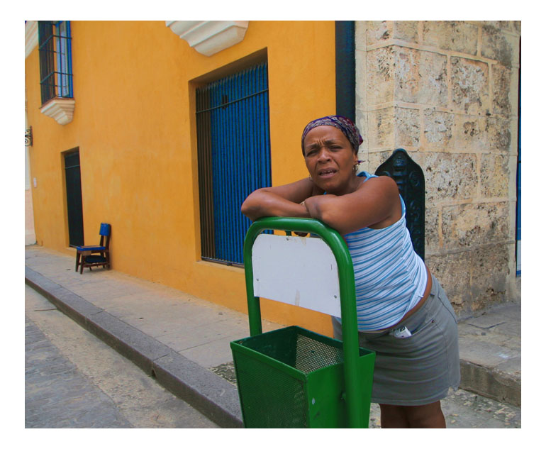 "photo ""un peso..."" tags: travel, portrait, woman"