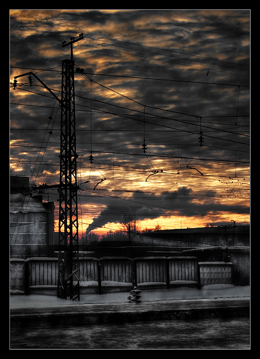 "photo ""Desolated station"" tags: landscape, clouds, sunset"