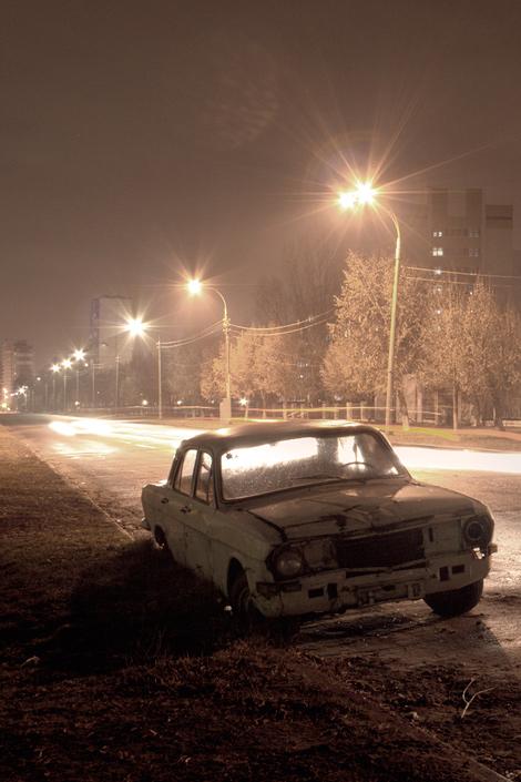 "photo ""GAZ-24"" tags: technics, landscape, night"