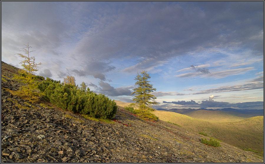 """фото """"Аскетичный горный вечерний пейзаж"""" метки: пейзаж, горы, облака"""
