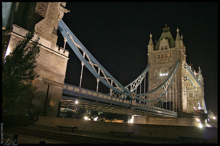"photo ""Tower Bridge / London"" tags: architecture, landscape, night"