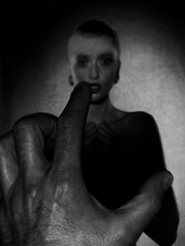 "photo "".#.."" tags: black&white,"